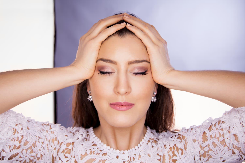Yoga du visage: maigrir du menton